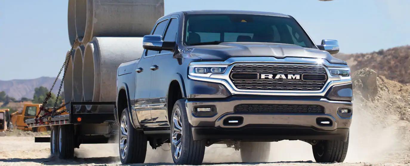 Les camions RAM 2021 et leur capacité de remorquage