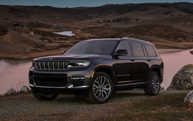 Jeep launches a new 7-passenger Grand Cherokee