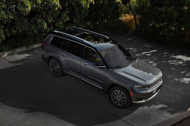 2021 Jeep Grand Cherokee L Exterior 2