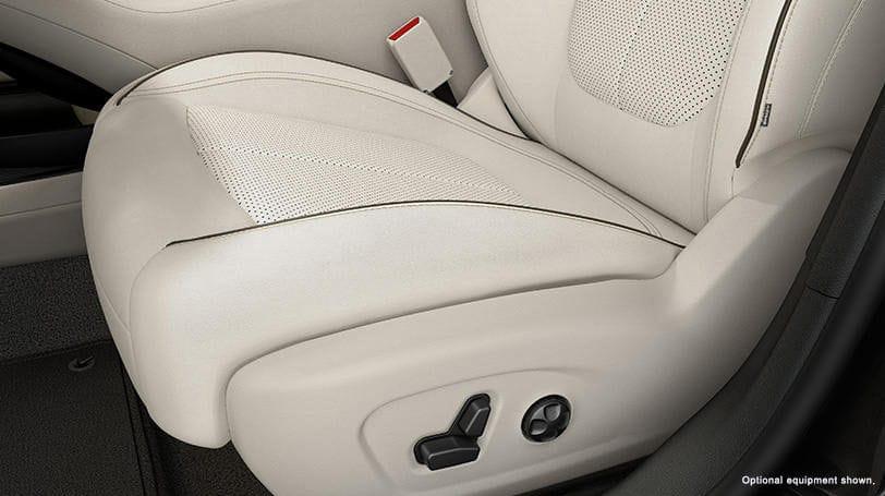 New Chrysler 200 Sedan Interior Comfort