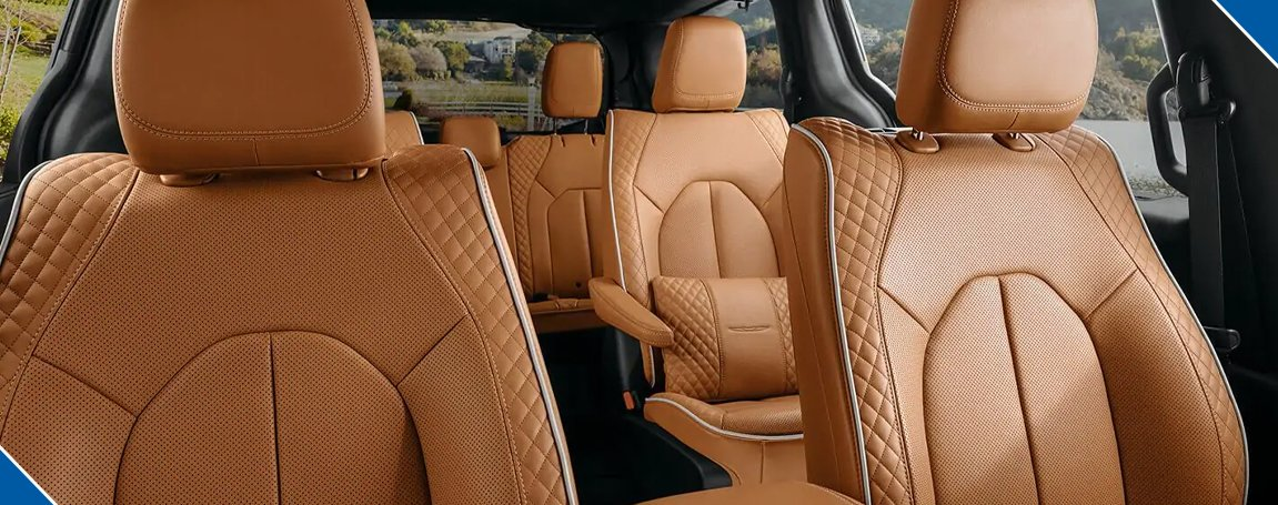 Chrysler Pacifica Touring   Safety and Luxury Cabin Seats